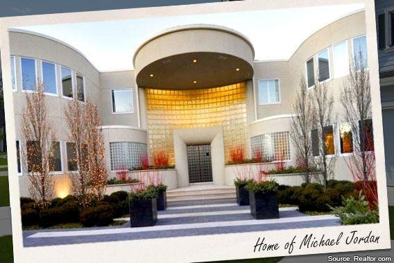 celebrity house for sale michael jordan 39 s illinois. Black Bedroom Furniture Sets. Home Design Ideas