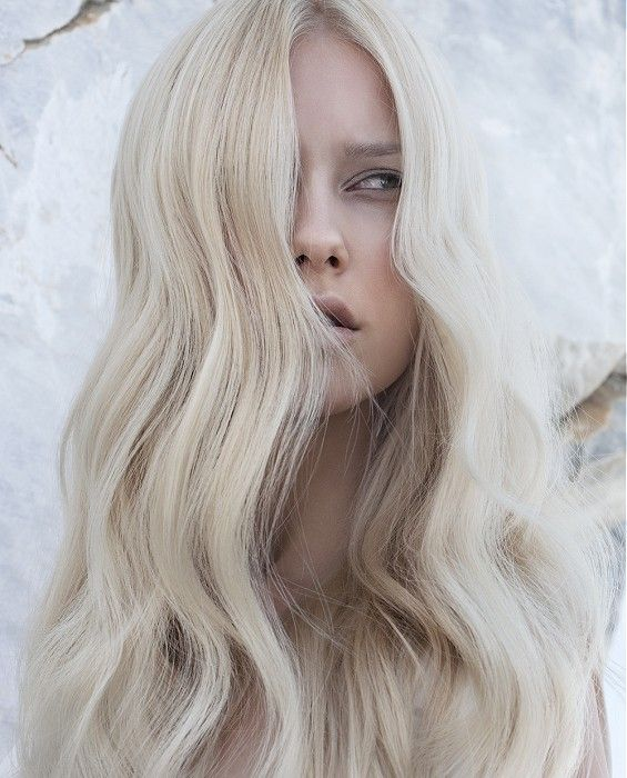 One Long Blonde Female Wavy Coloured Centre Parting Womens Hair Styles