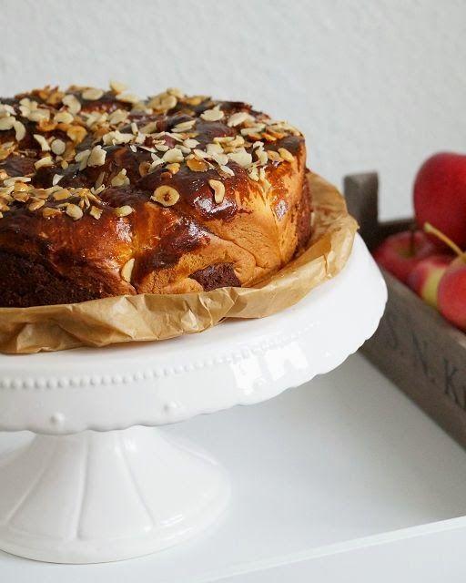 Hefe Schneckenkuchen Mit Apfeln Und Nussen Backen Pinterest