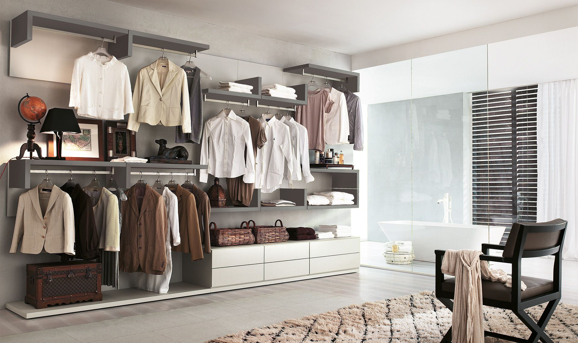 La Cabina Meaning : Tutti i tuoi vestiti a portata di mano e ben ordinati con la cabina