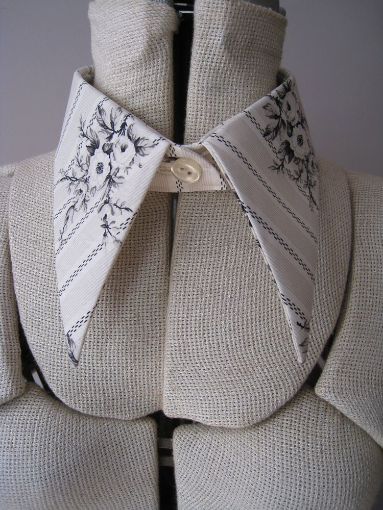 Free pattern and tutorial for pointy detachable collar ...