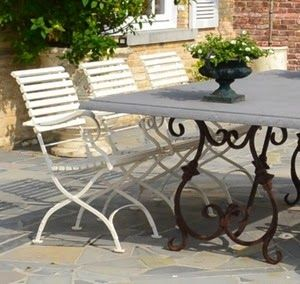Chaire Anton Damen Table Italian Base Bluestone Top