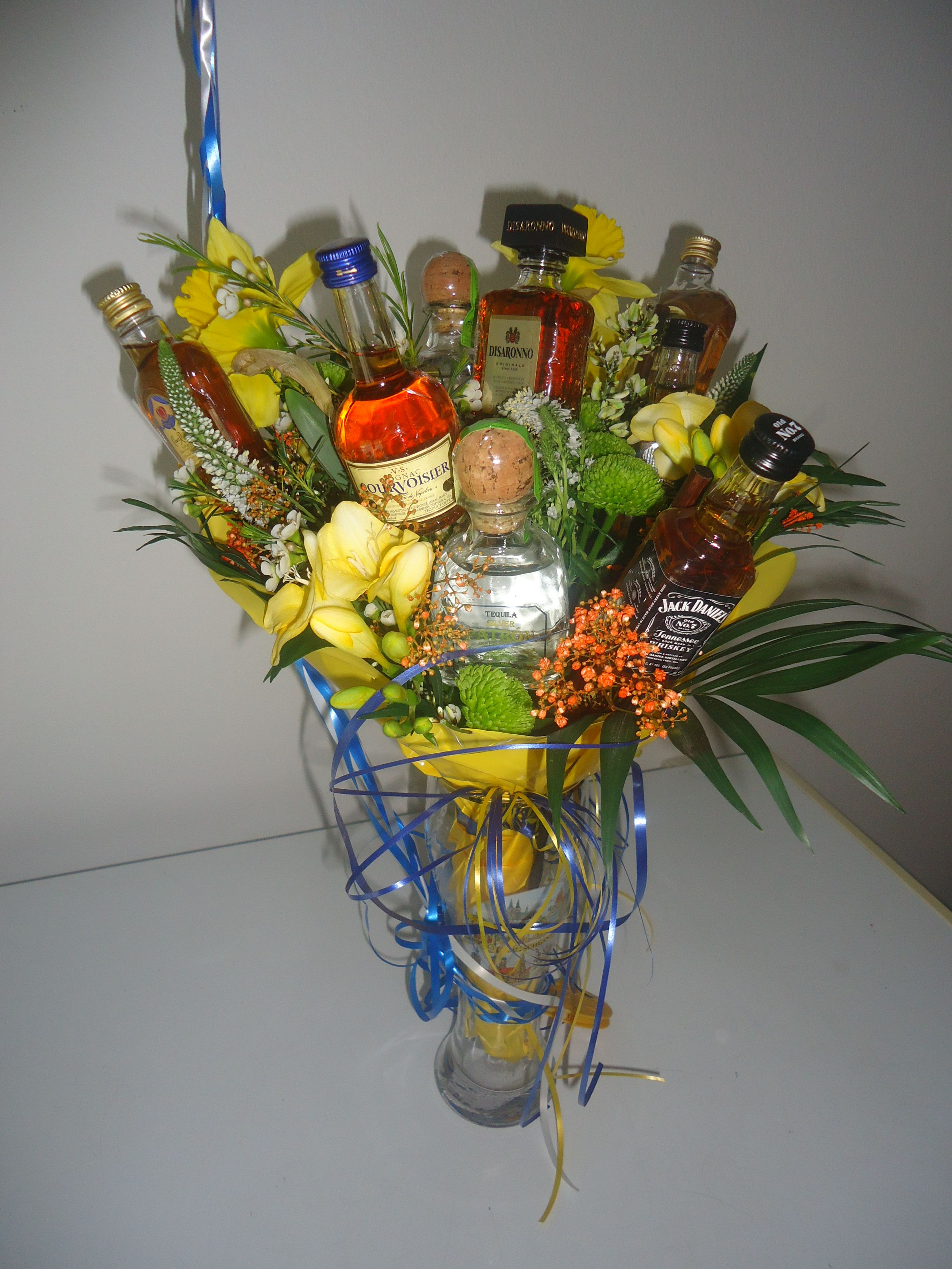 Pin By Breanne Tilley Ericks On Stuff I Make Diy Xmas Gifts Flowers For Men Husband Birthday
