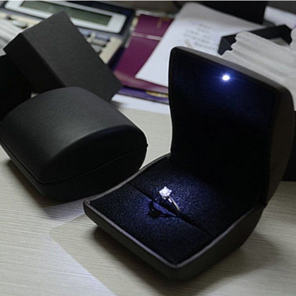 Deluxe PU Leather LED Lighted Propose Engagement Diamond Ring