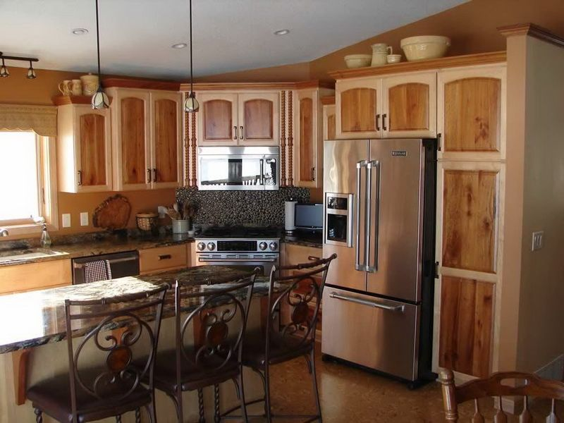 Etonnant Two Tone Kitchen Cabinets Picture