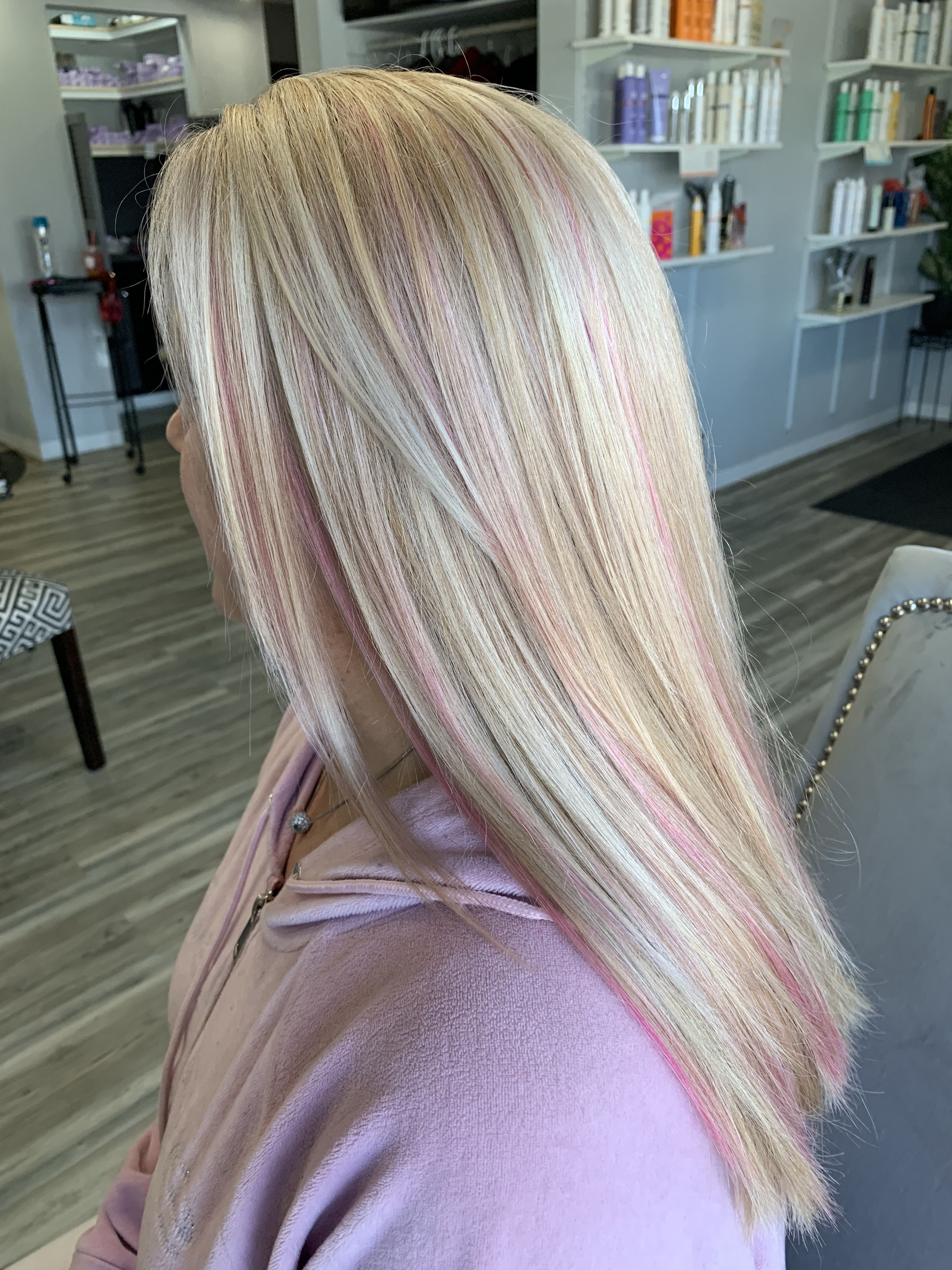 Blonde With Pink Highlights Pink Blonde Hair Blonde Hair With Pink Highlights Pink Hair Highlights