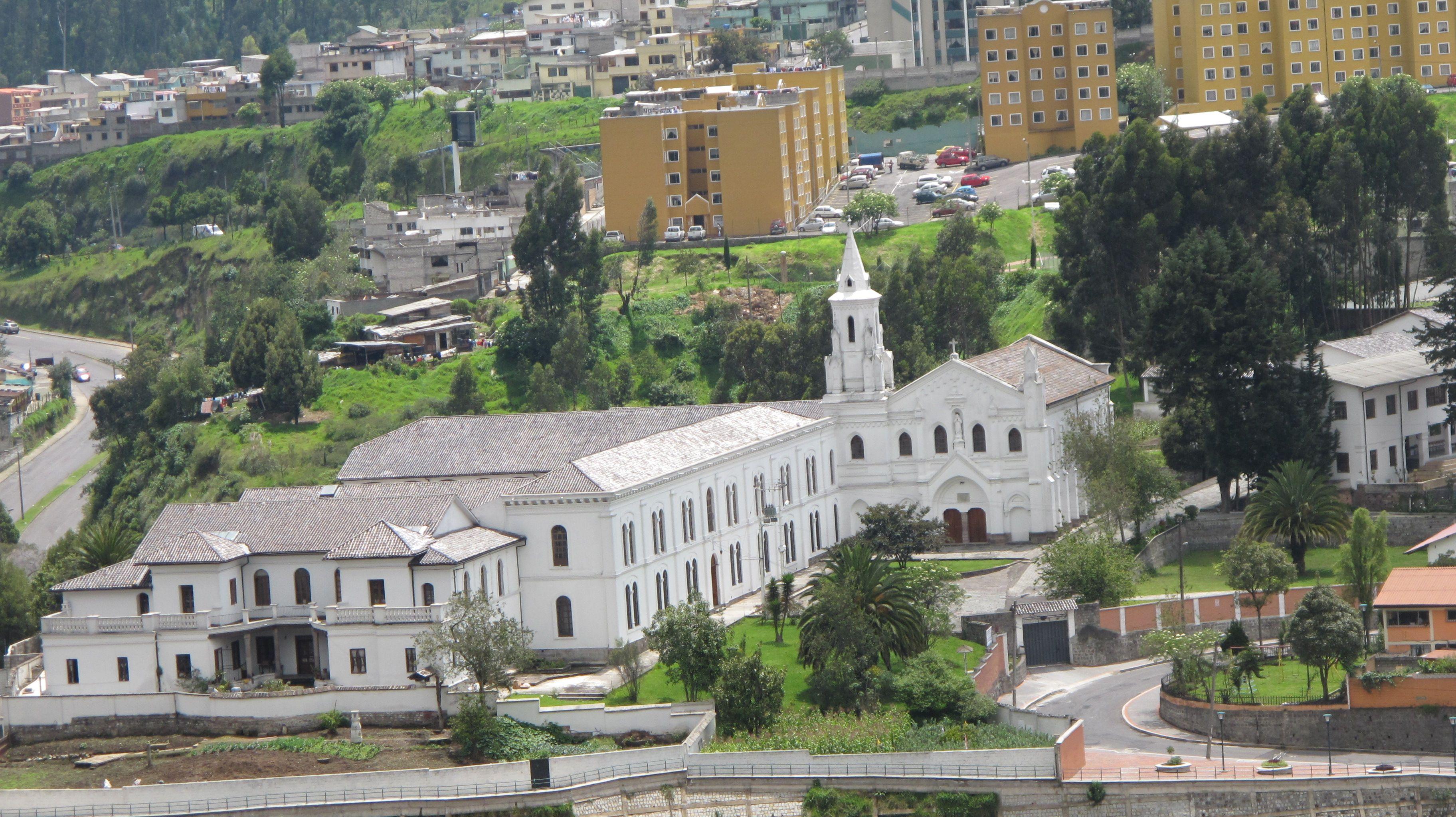 Iglesia del Buen Pastor - Vista occidental - Barrio La Colmena ...
