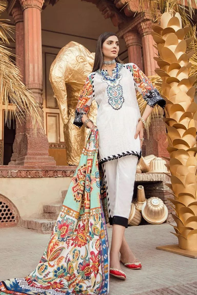 21bcf71790 This season, Ethnic by Outfitters Festive Collection 2018 flutters between  traditional fantasy and classicism. You will be maharani in your own when  you ...
