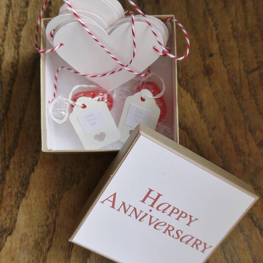 4 year hookup anniversary gift ideas for her