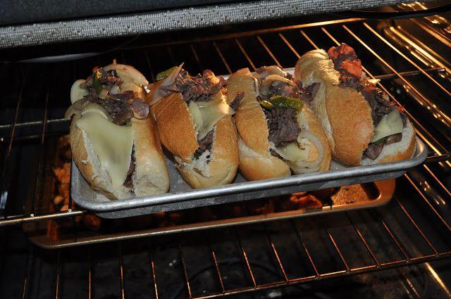 OuR KrAzy kItChEn...: PHILLY CHEESE STEAK SANDWICHES