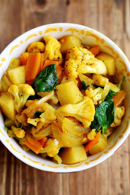 how to make cauliflower fry curry