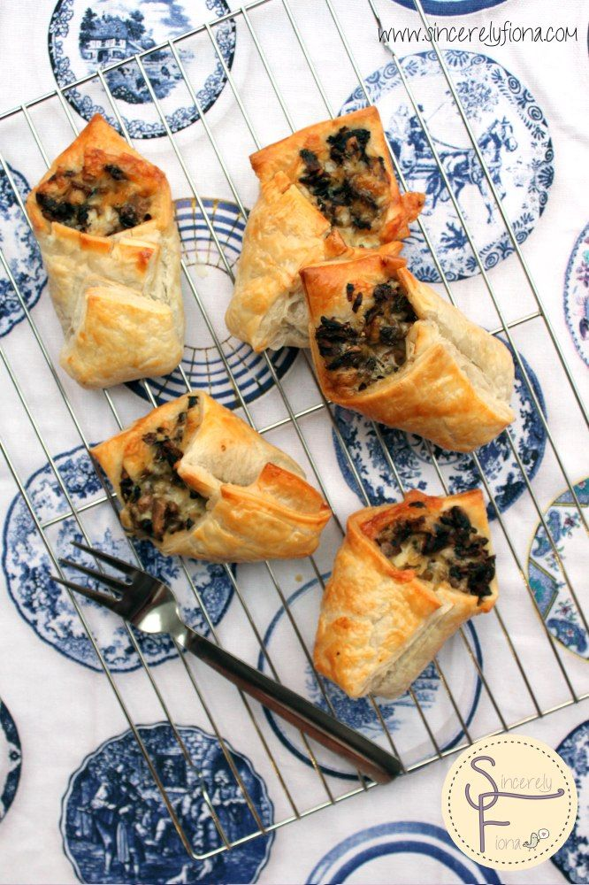 Puff Pastry Envelopes With Mushrooms & cheese