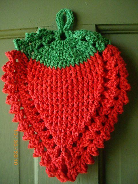 Strawberry crochet potholder | Lugares para visitar | Pinterest | En ...