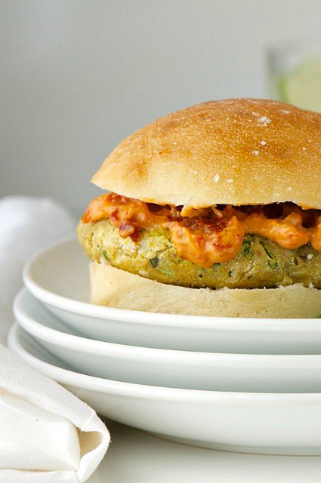 Pesto Veggie Burgers are made with basil, chickpeas, pine nuts, and lots of other great, tasty ingredients!