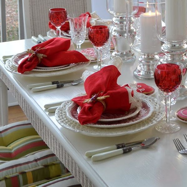 Romantic Valentineu0027s Day Dinner Decor With Luxury Glass Dining Set And Red  Hanky On White Dining Table For The Most Enchanting Valentineu0027s Day Dinner  ...