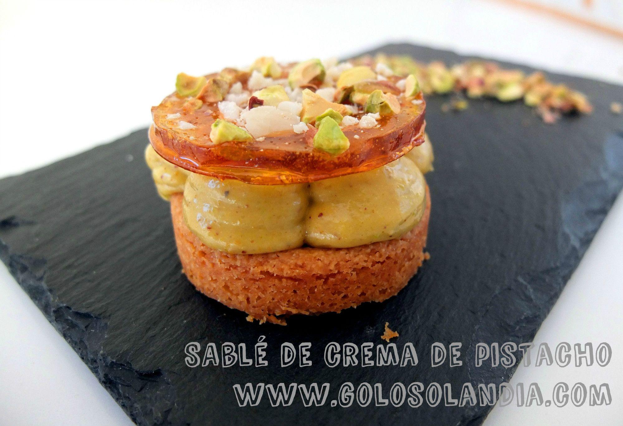 Pedazo de pastelitos: Sablé de crema de pistacho Fácil receta casera, paso a paso.( incluye video )  http://www.golosolandia.com/2015/01/sable-de-crema-de-pistacho.html