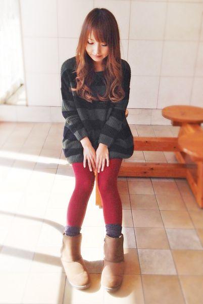 太めのボーダーにタイツが差し色☆秋冬ファッションのチュニックコーデ参考♡