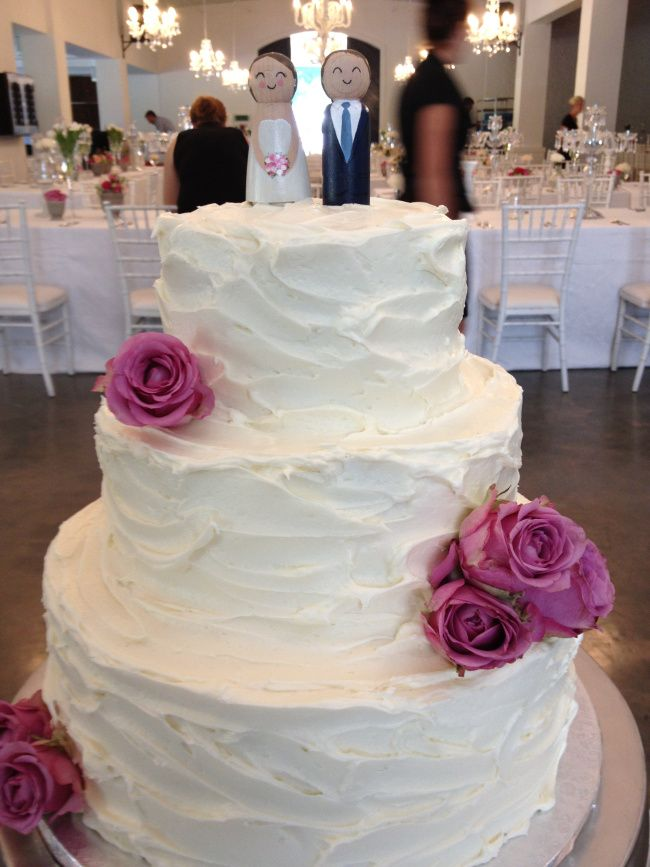 Wedding Cake Red Velvet Designs Beautiful Rustic Style Three Tier Decorated With Awesome Cream Cheese