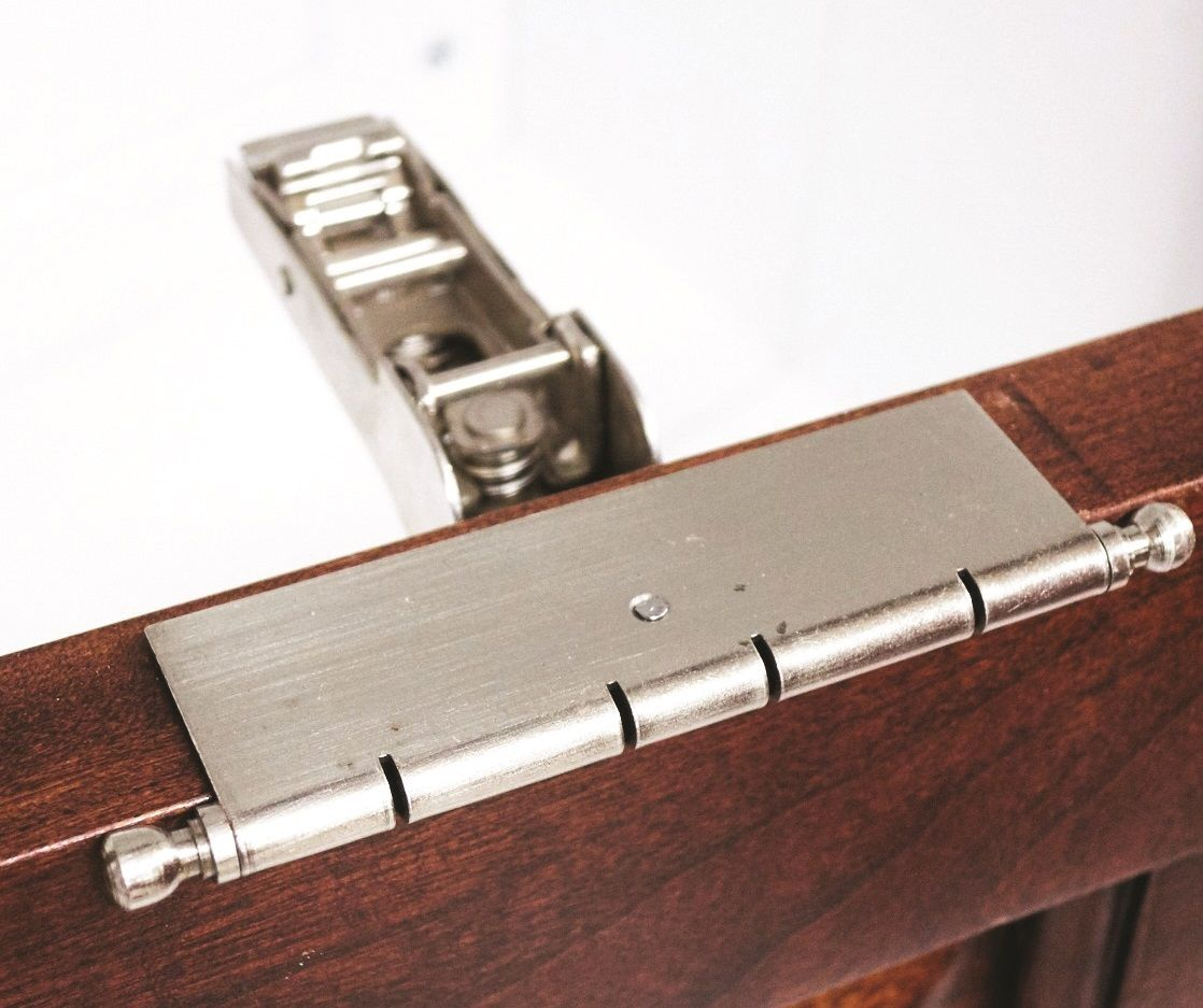 5 steps to installing a faux hinge with a concealed hinge