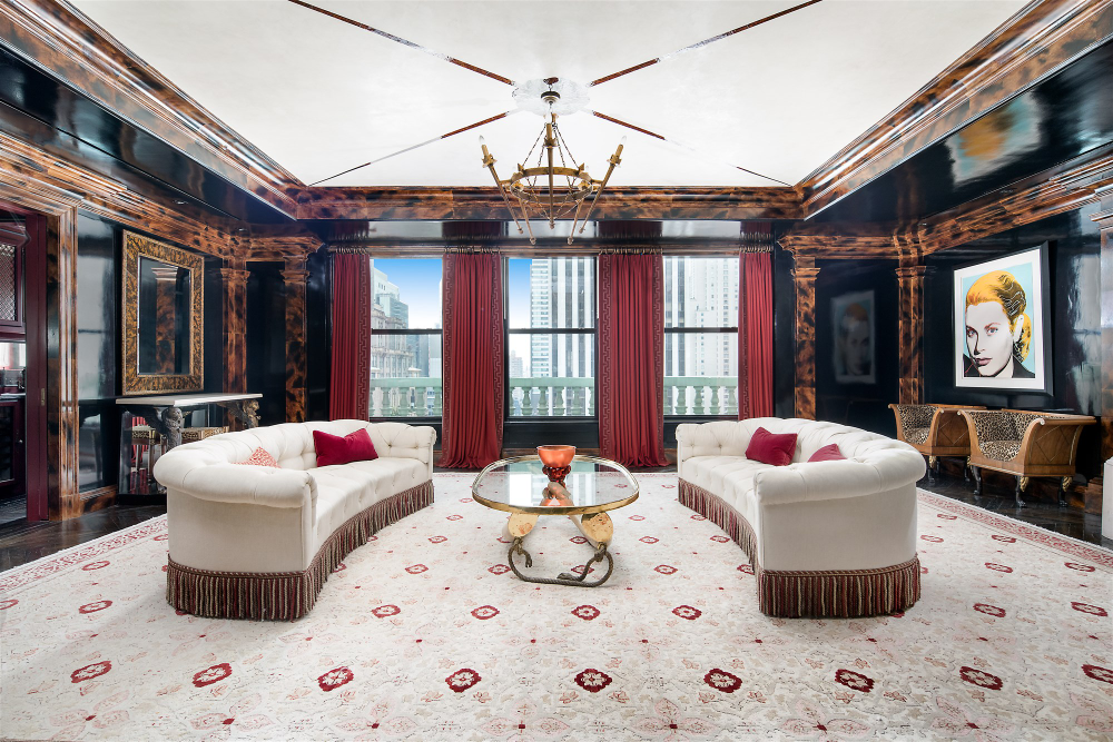Tommy Hilfiger S Manhattan Penthouse Is So Fashionable In 2020 Manhattan Penthouse Penthouse For Sale Luxury Penthouse