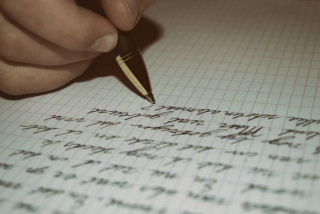 Acto de escribir una carta