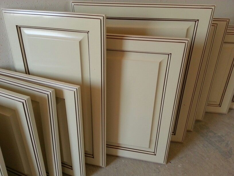 Antique White Glazed Cabinet Doors