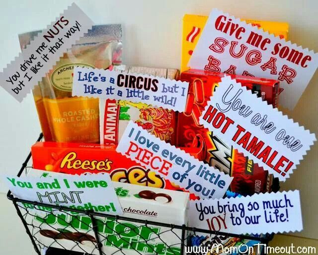 Idea By Loving Heart On Gift Ideas Valentine S Day Gift Baskets