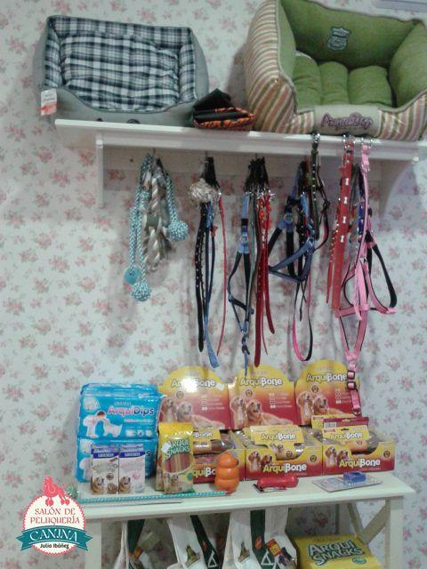 3a13d925cea8 Algunos de nuestros productos. #peluqueriacanina #granada #mascotas  #accesorios #correas #perros