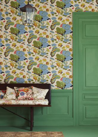 Beautiful Victoriana Botany Inspired Wallpaper From Gp And J Baker