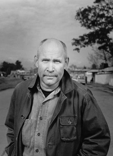 O fotojornalista superfodóvisky Steve McCurry também bloga! Para quem não sabe, o cara é o autor do icônico retrato de Sharbat Gula, a então bela e assustada menina afegã que estampou a capa da revista National Geographic em junho de 1985...