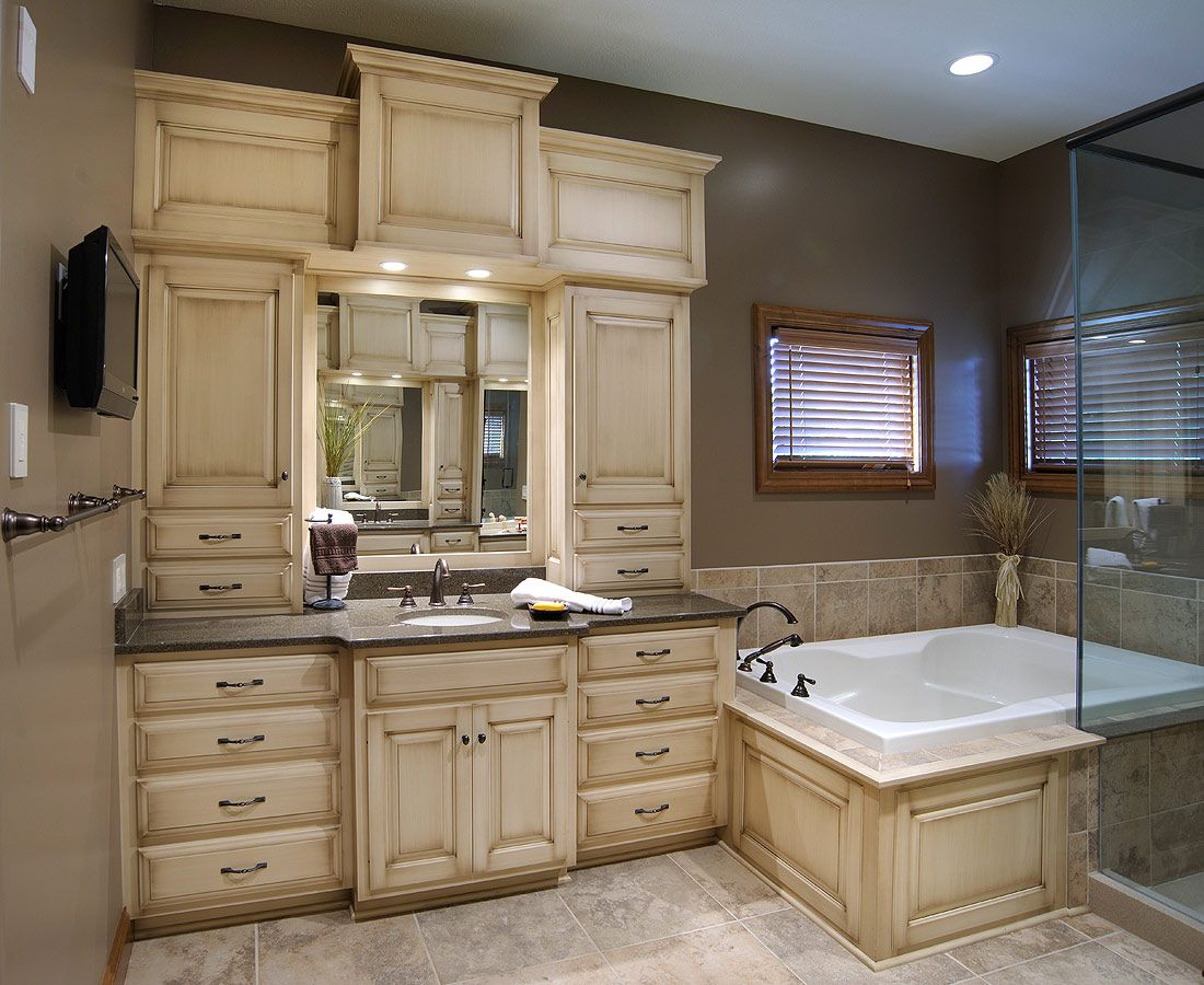 Custom Master Bathrooms mullet cabinet - custom master bathroom suite featuring separate