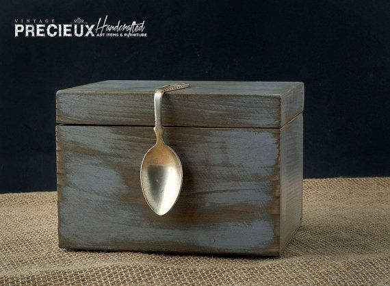 vintage silver spoon shabby wooden recipes box by vintageprecieux rh pinterest co uk shabby chic recipe box with glass knob shabby chic recipe box target