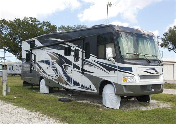 Rainbow Village Largo Carefree Rv Resort In Largo Florida