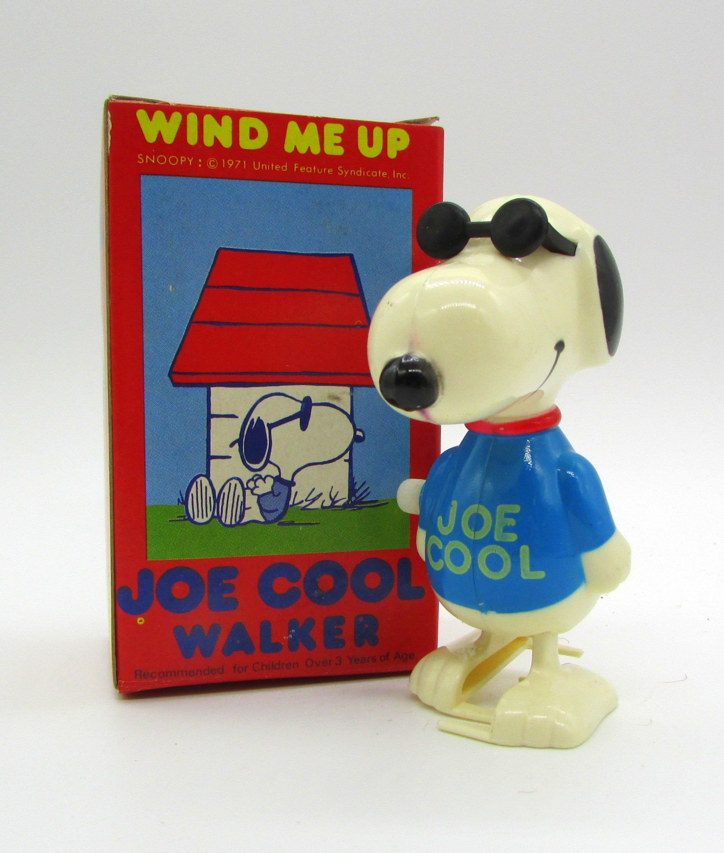 Vintage Snoopy Joe Cool Windup Walker Aviva 1971 Grade Nm In 2020 Joe Cool Cool Stuff Snoopy