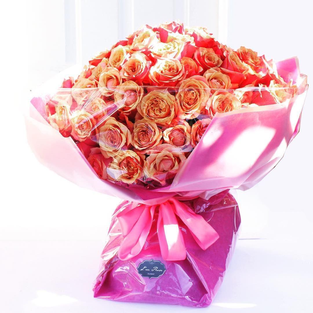 fabulous vancouver florist 99 roses bouquets #99roses #imrose #vancouver #温哥华花店 by @imrosevancouver  #vancouverflorist #vancouverflorist #vancouverwedding #vancouverweddingdosanddonts