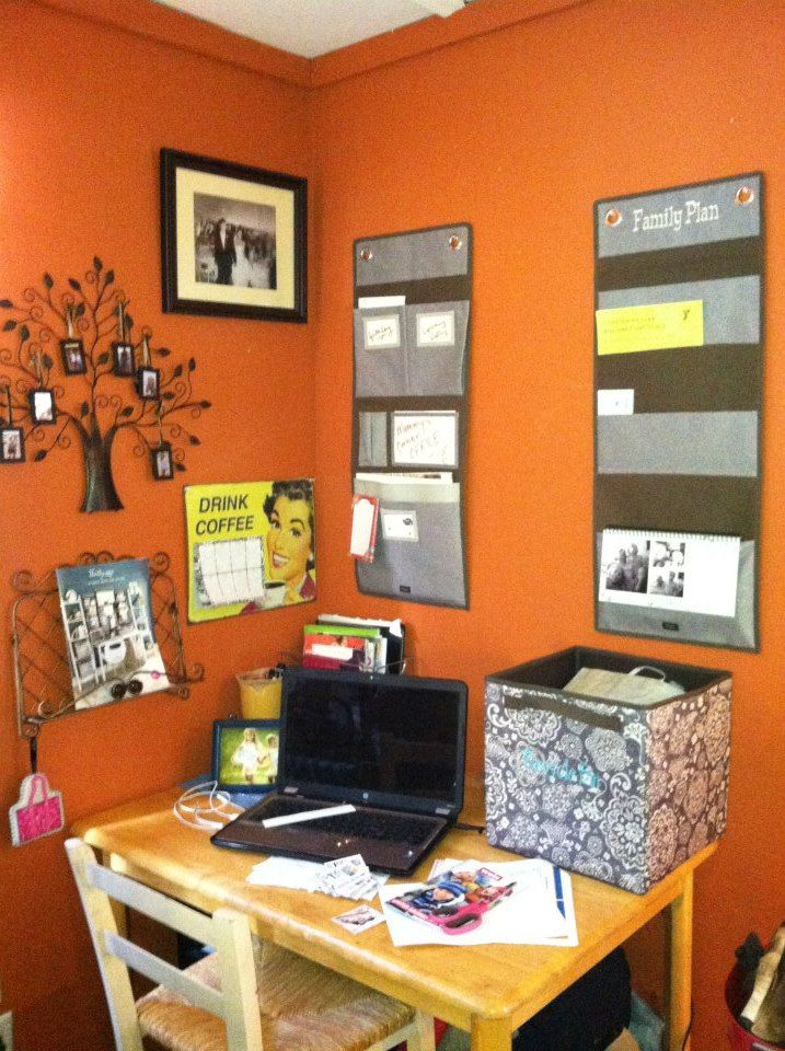 Organize your office space organizing office workspace - Small office setup ideas ...
