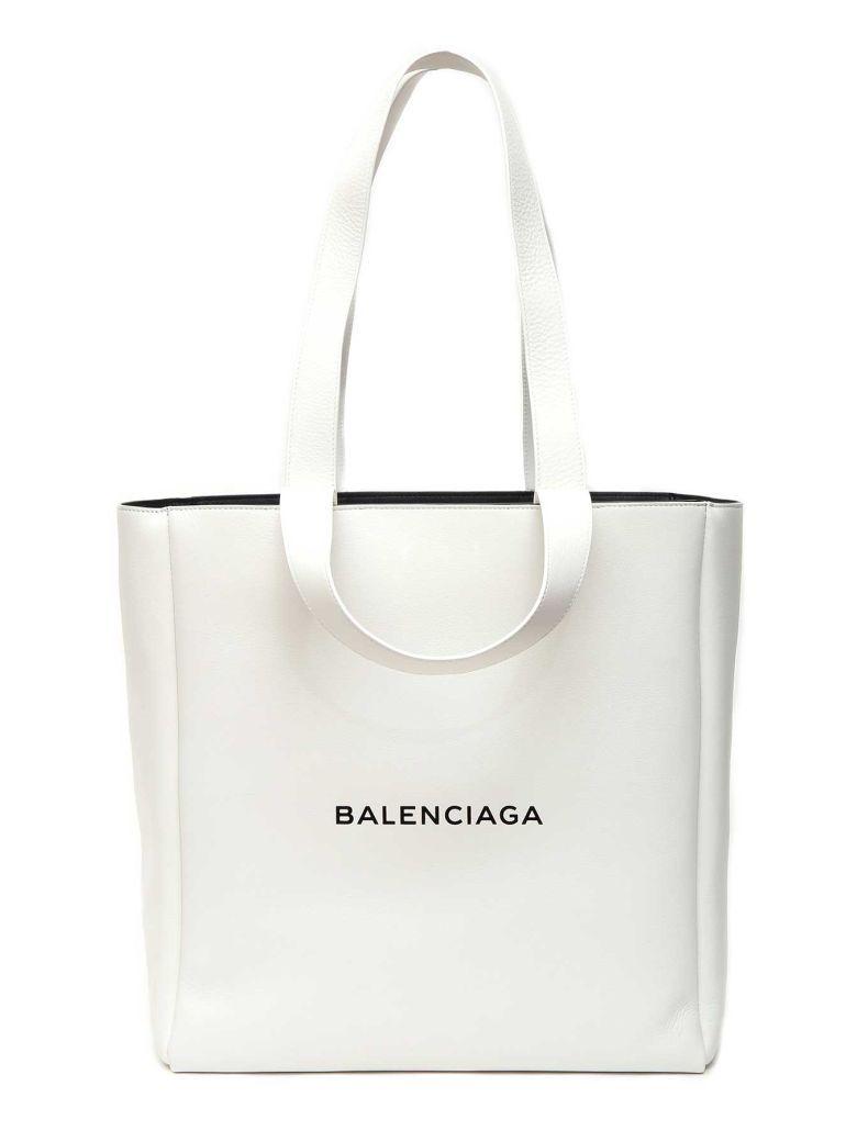 9f17a61658b0 BALENCIAGA Balenciaga Shopper 4 Manici.  balenciaga  bags ...