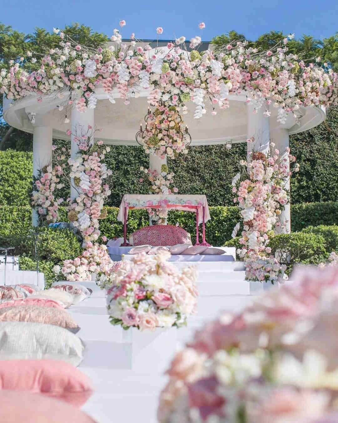 How To Plan For An Outdoor Wedding Decorations Like A Pro In 2020 Spring Wedding Decorations Wedding Aisle Decorations Outdoor Wedding Decorations,Front New Dream House Home Design