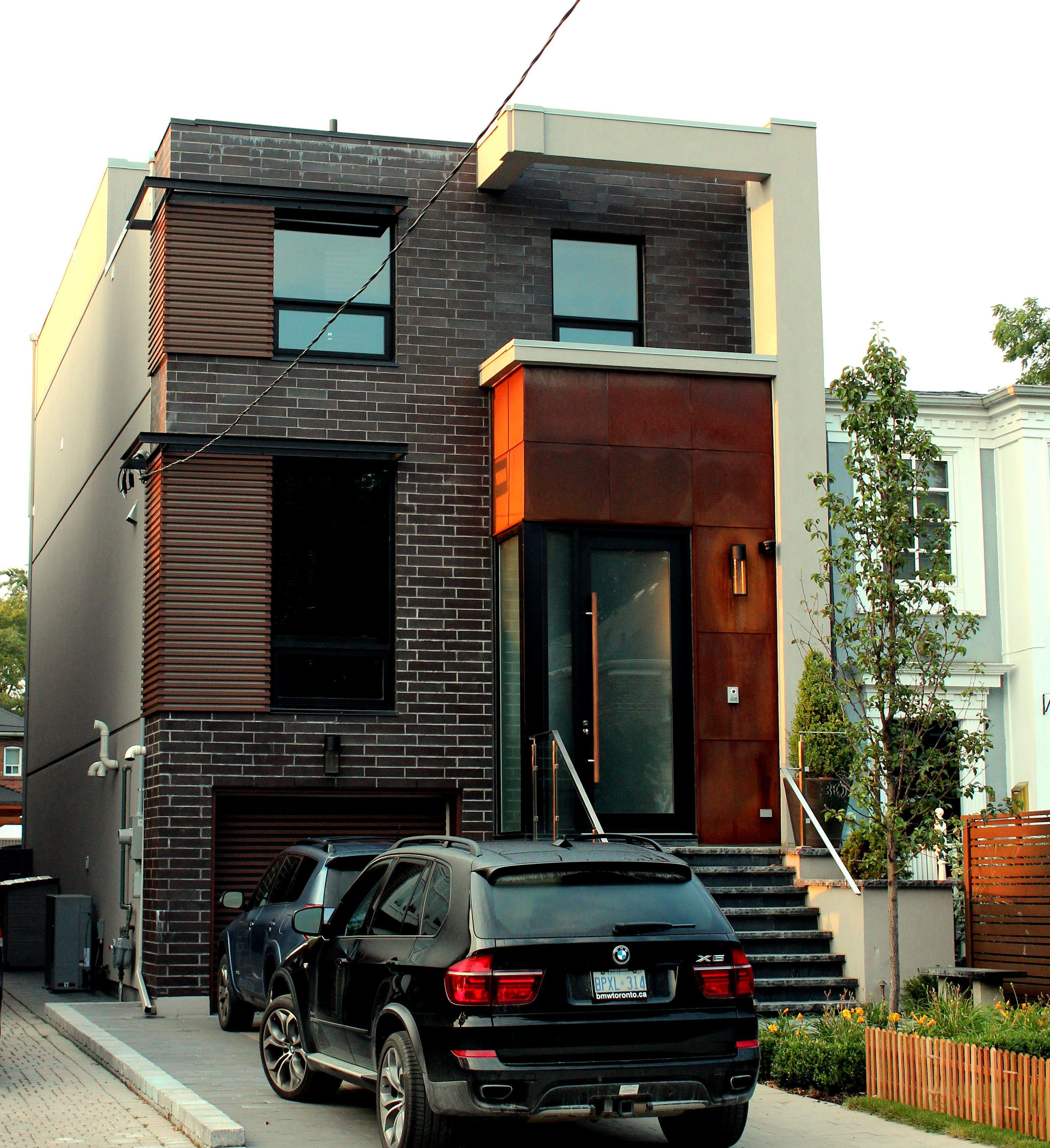 Custom Home Designs Toronto: This Toronto Residence Designed By O.E. Design Showcases