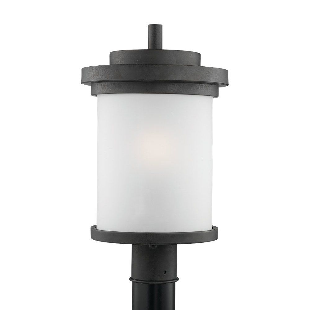 Sea Gull Lighting 82660 Winnetka Post Mount Light With Images Post Mount Lighting Sea Gull Lighting Lantern Post