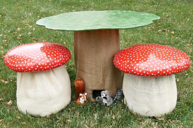 How To Make A Mushroom Stool Ehow Diy Kids Table Tree Table
