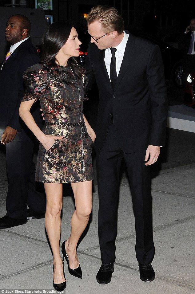 jennifer connelly shimmers in patterned mini dress at avengers event paul bettany and jennifer. Black Bedroom Furniture Sets. Home Design Ideas