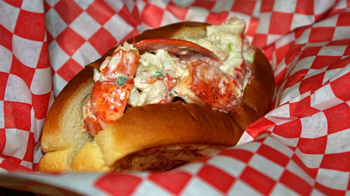 The Best Lobster Rolls in Los Angeles | Discover Los Angeles
