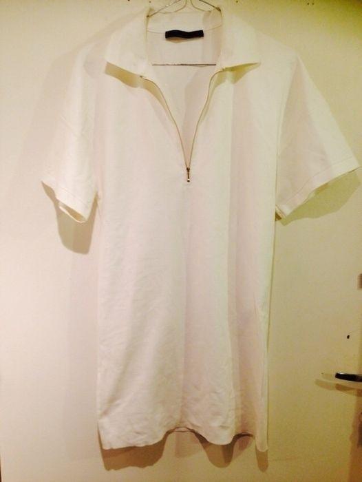 6bbf3429ff785 Magnifique robe blanche Zara Woman Taille S correspond à un 36 Coupe polo