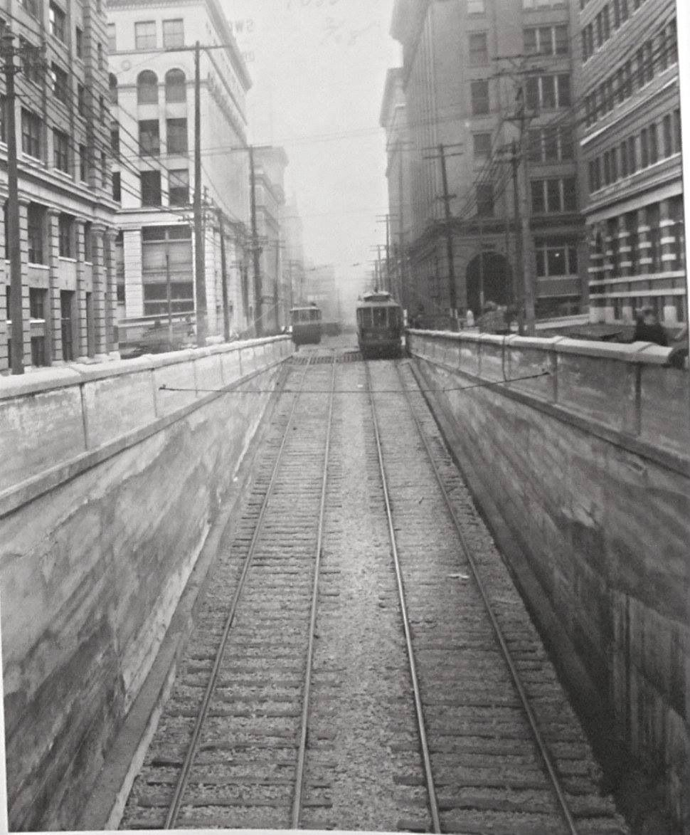 8th Streetstreetcar tunnel entry...heading to West