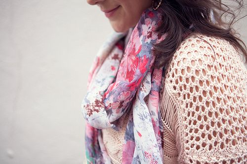 love the colors and the print on the scarf.