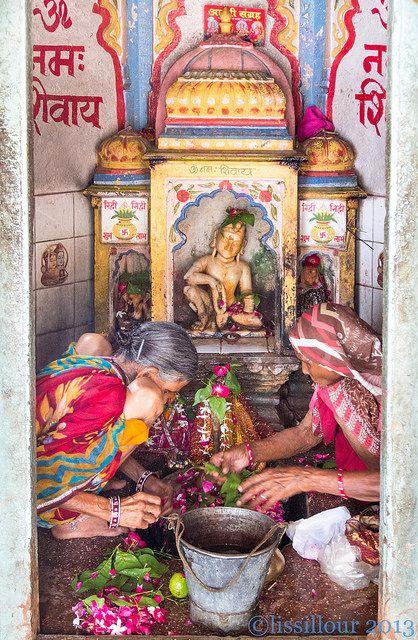 "Press ""L"" Shiva Devotion 1/2..Bundi ..India Tapez L elle est plus jolie | Flickr - Photo Sharing!"