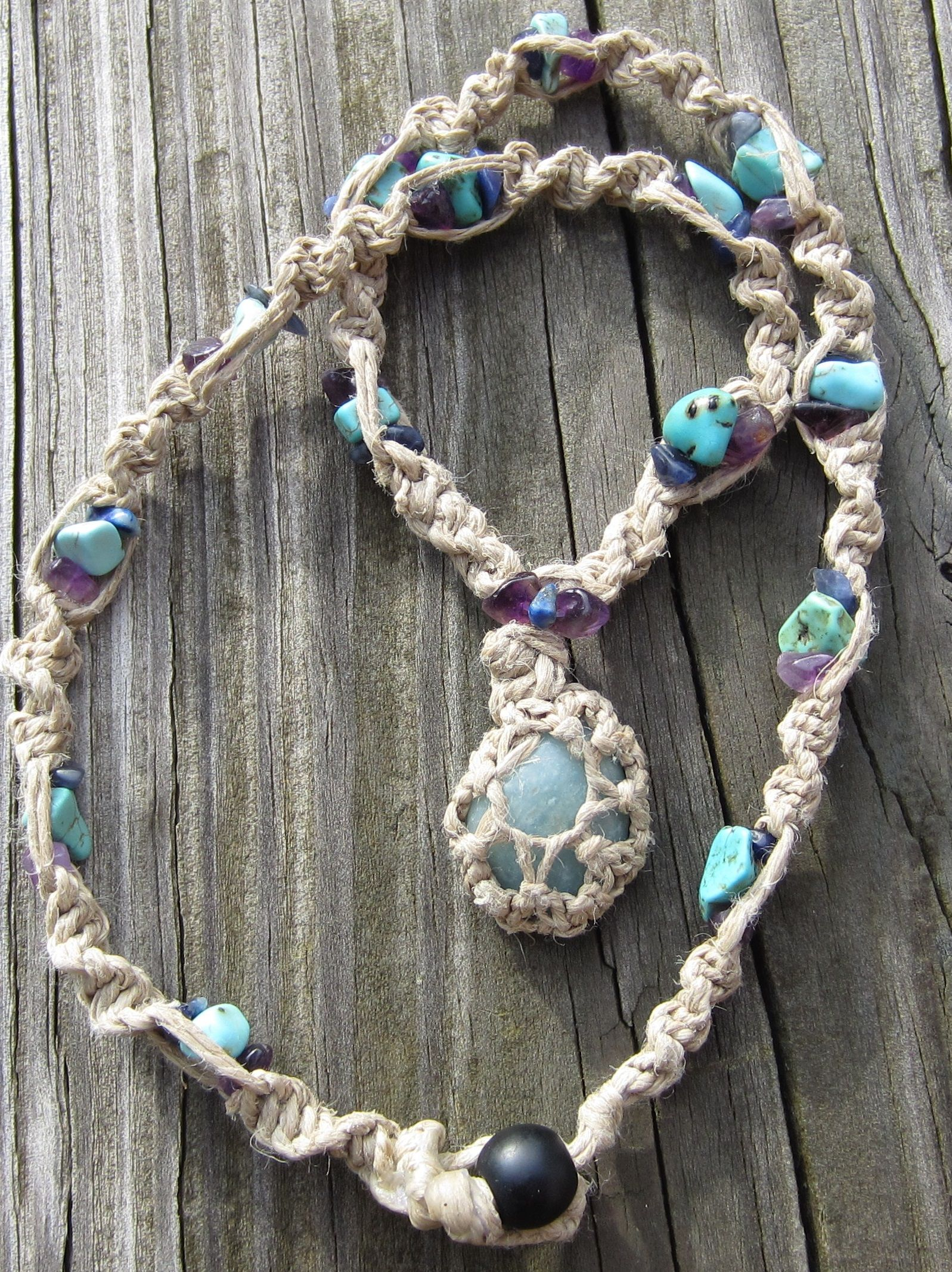 An easy step by step tutorial on how to make a macrame necklace an easy step by step tutorial on how to make a macrame necklace and how to fandeluxe Images