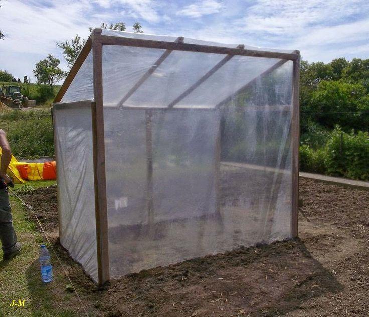 superbe fabriquer serre de jardin 0 mon jardin en moselle un abri pour les tomates 100. Black Bedroom Furniture Sets. Home Design Ideas