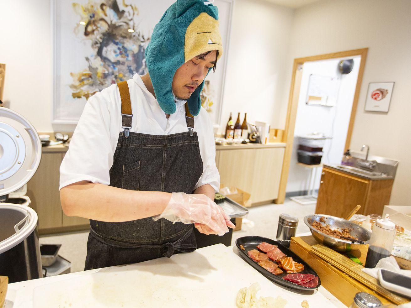 Logan Square Sushi Restaurant Kyōten Pivots to 600 Meals